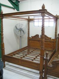 Canopy Bed No.1