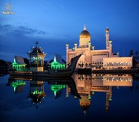 4D3N - Miri City + Niah Caves + Brunei Day Trip