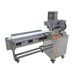 Automatic Sleeve Fish Kebab Wearing Machine