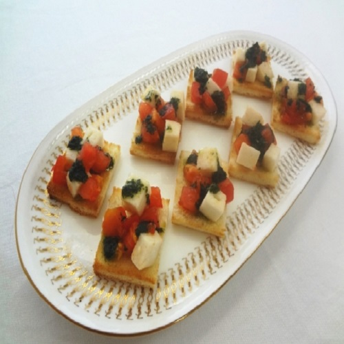 """Pan of """"White Fish Minced And Steamed"""" and """"Aojiso Olive Oil"""" Canape"""