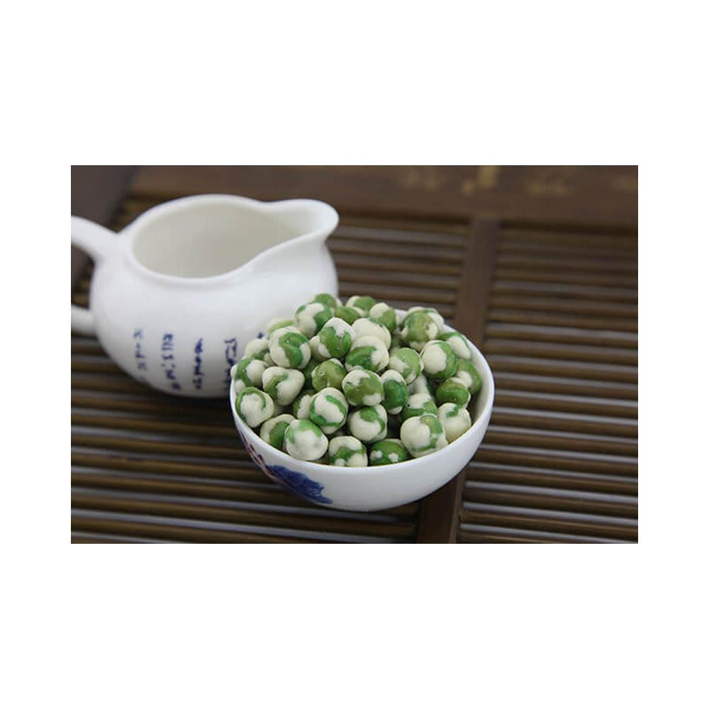 White wasabi green peas