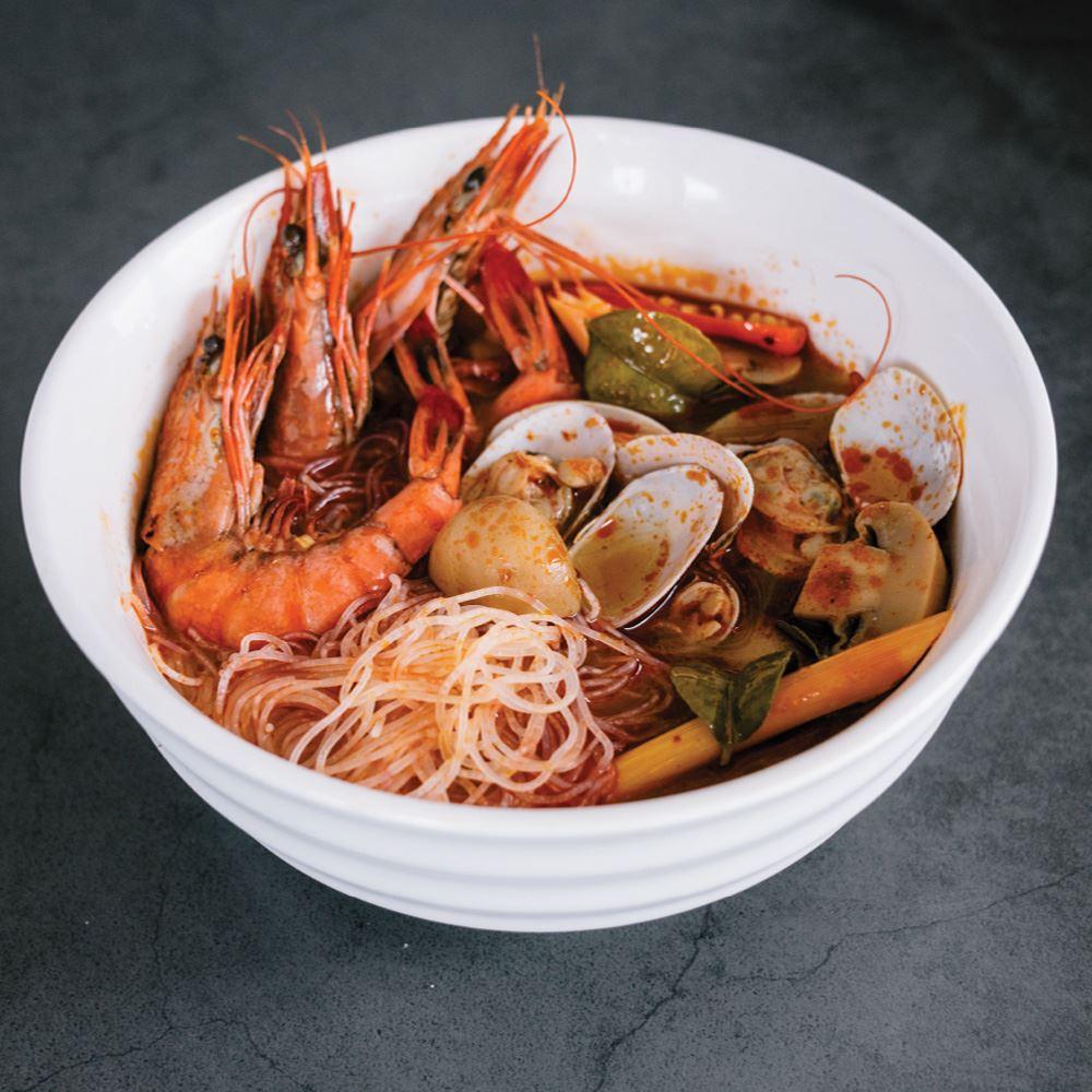 Seafood Tomyam with Meehoon