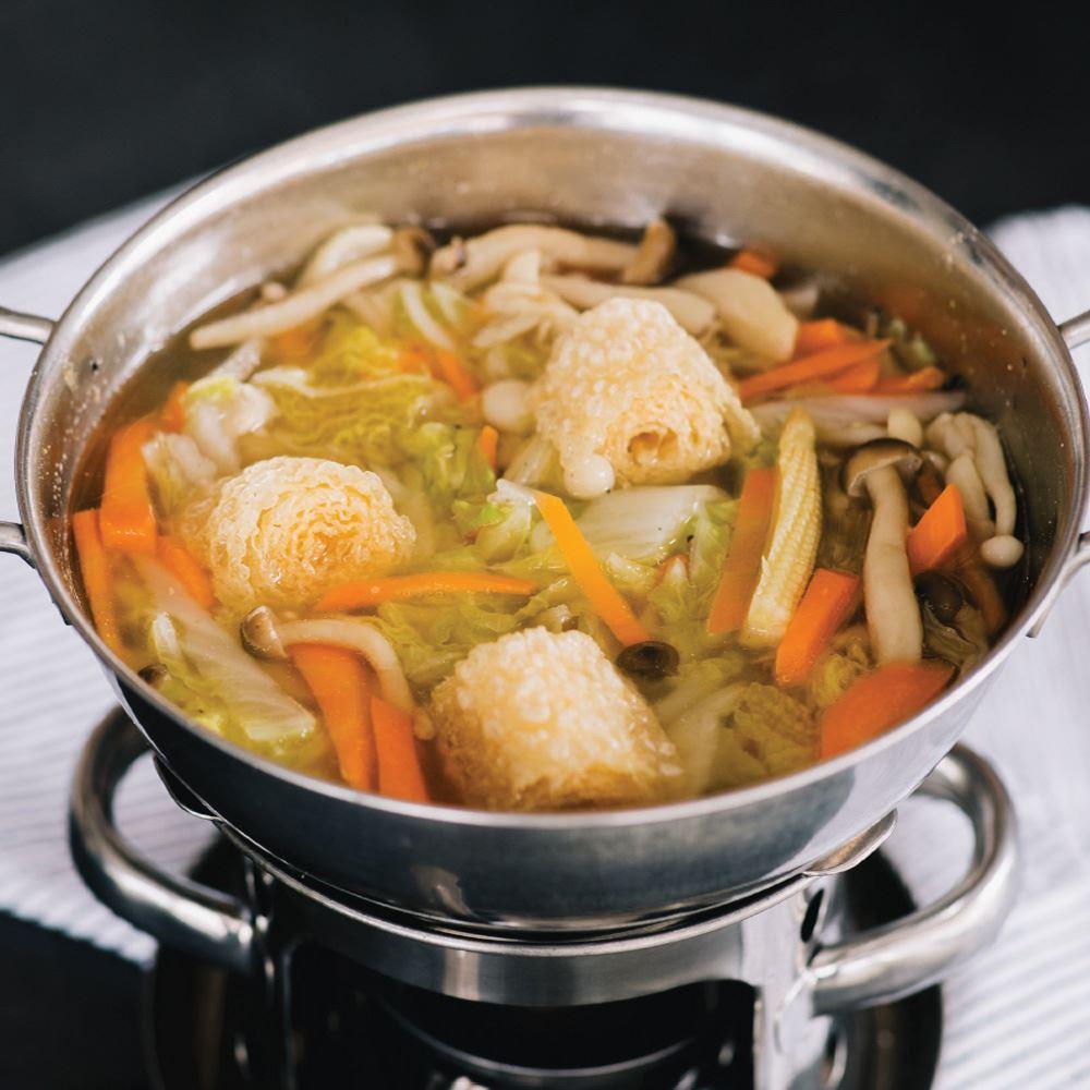Hot Pot Vegetarian Soup With Rice