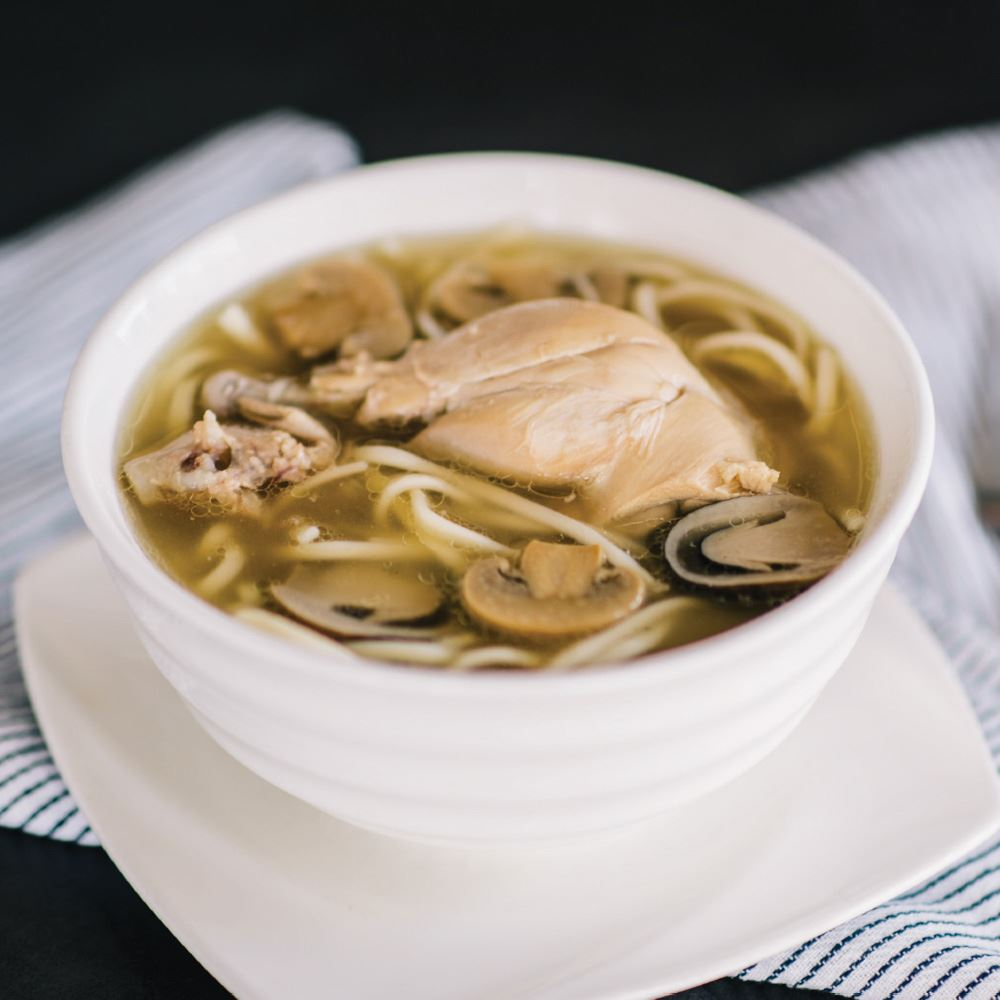 Herbal Chicken Soup with Stick Noodles