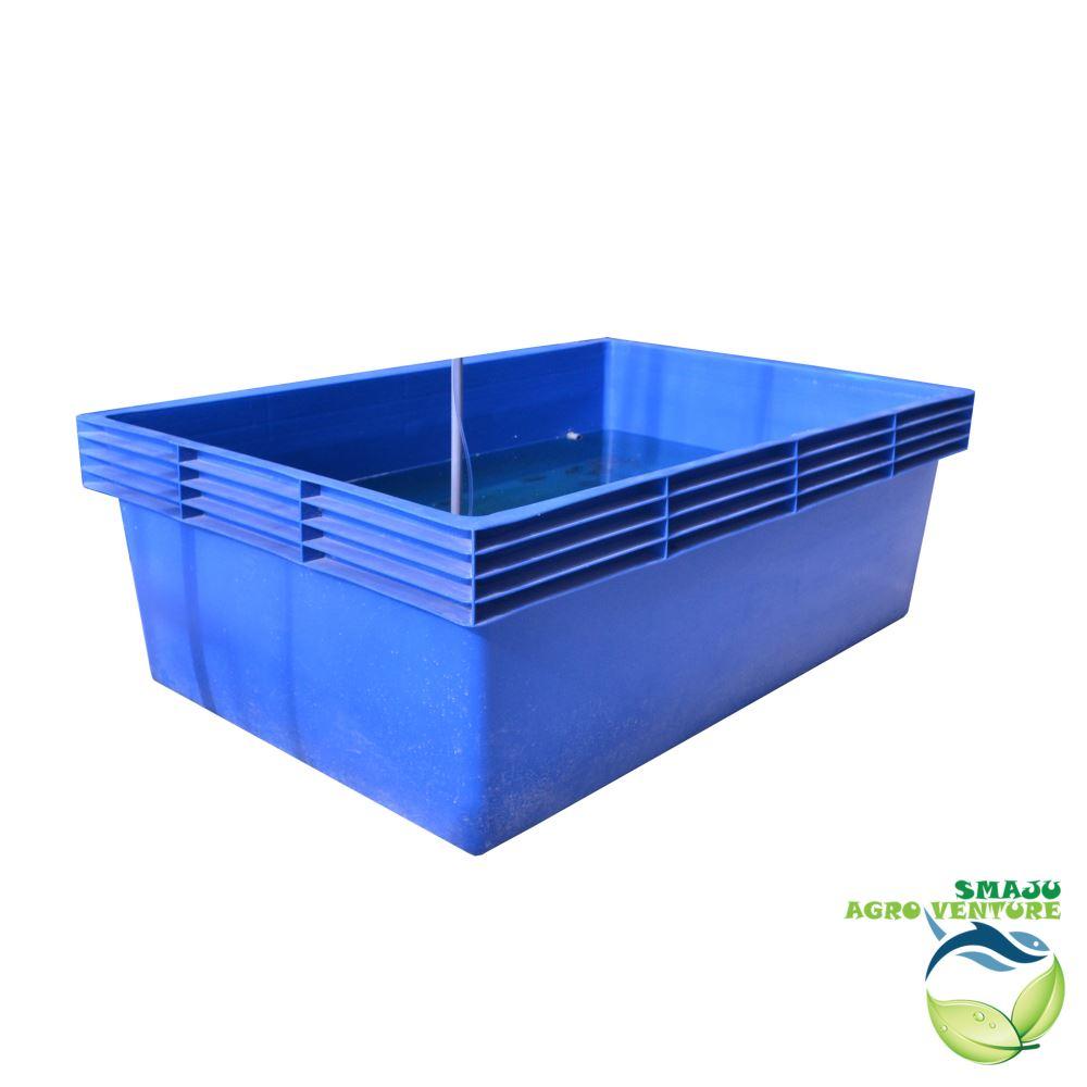 Blue plastic tank (6ft x 4ft x 2ft = 980l)